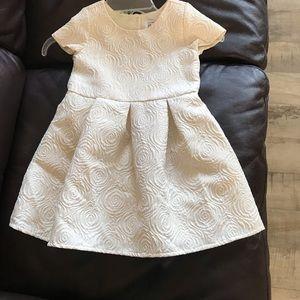 Bundle Dresses 4T!
